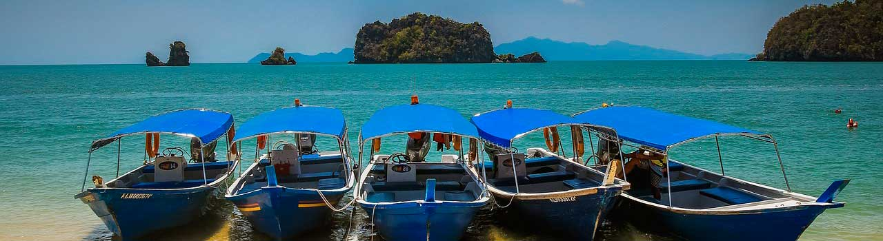 Boats in Thailand - bookitbecki